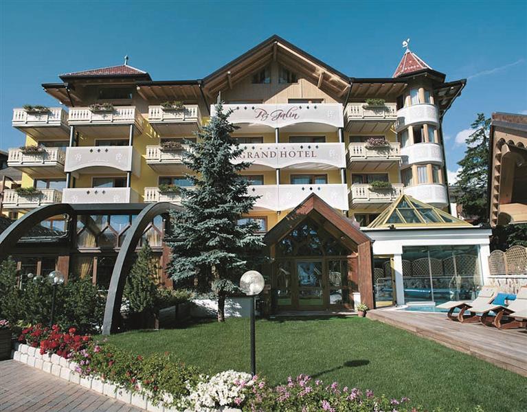 Grand hotel piz galin altopiano della paganella e lago - Hotel a molveno con piscina ...