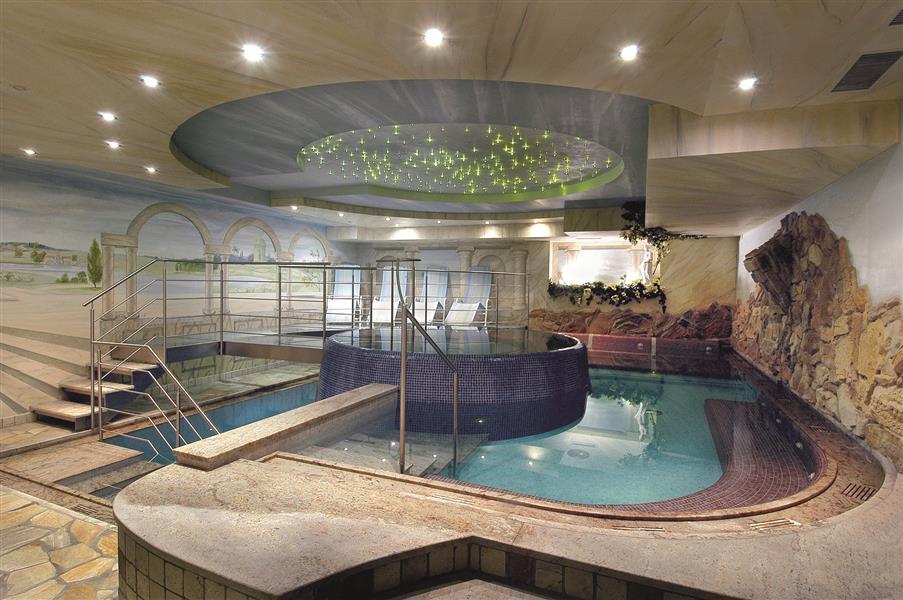 Hotel adler wellness spa altopiano della paganella e - Hotel a molveno con piscina ...