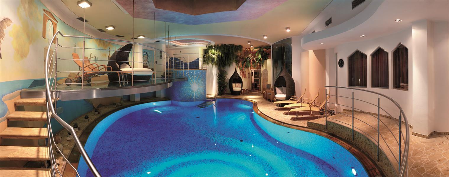 Leading relax hotel maria val di fassa - Hotel moena piscina ...