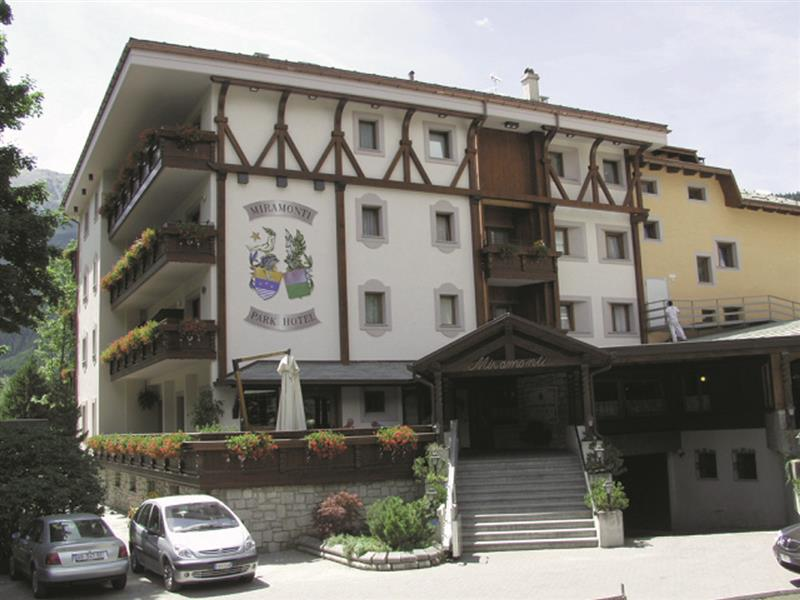 Hotel Bormio Con Piscina Coperta