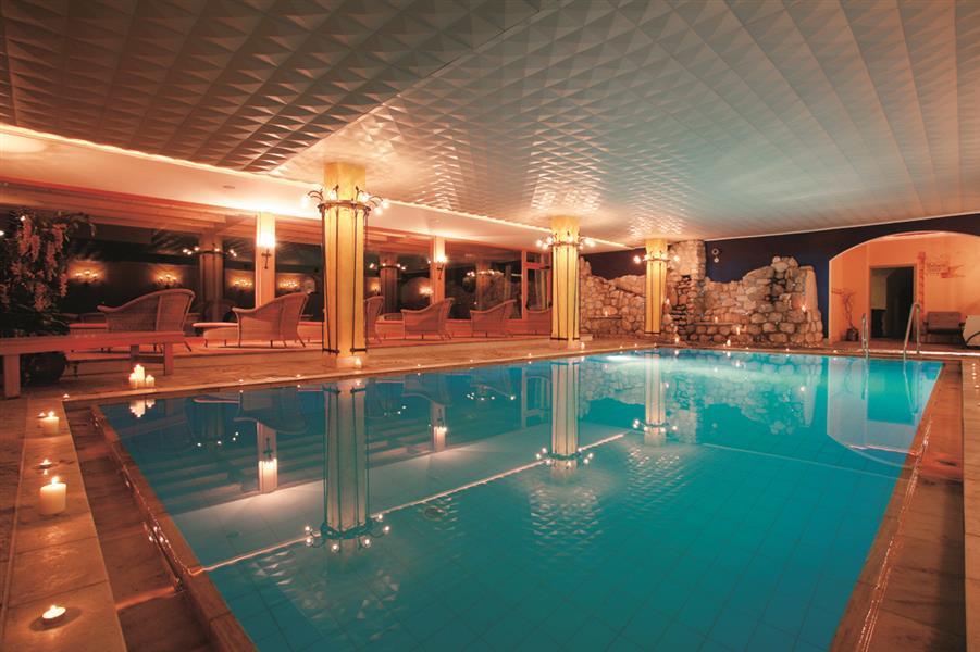 Romantik hotel santer val pusteria - Hotel dobbiaco con piscina ...