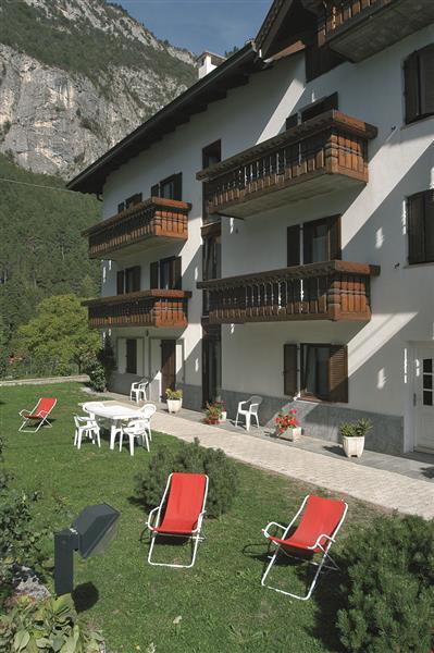 Appartamenti aquilone altopiano della paganella e lago for Piani di casa bassa architettura del paese