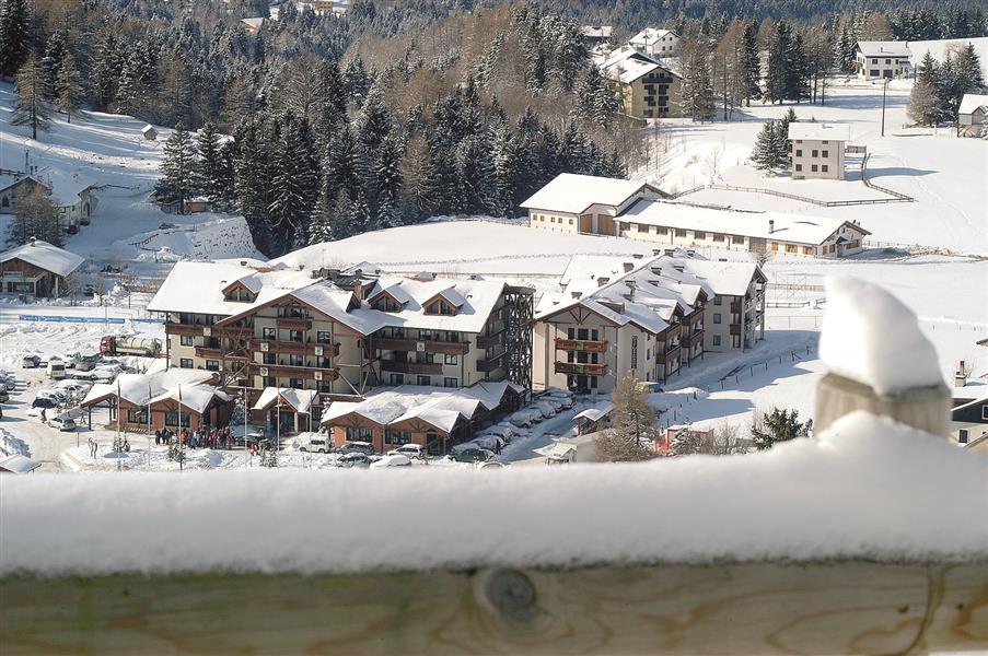 Golf hotel alpe cimbra for Piani di costruzione triplex