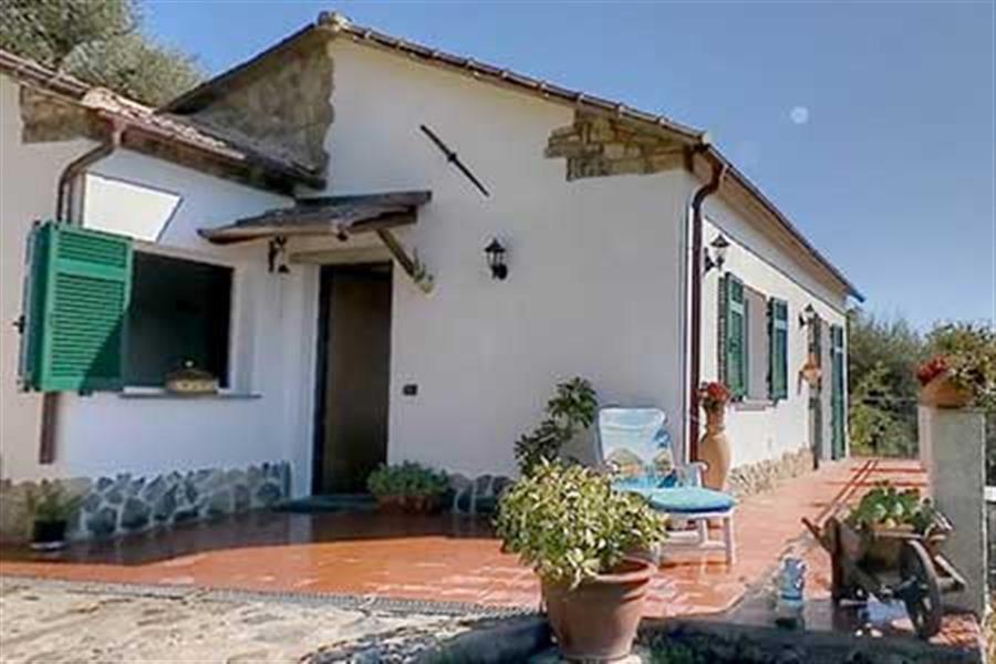 Agriturismo case vacanza alla collina sul mare liguria - Casa vacanza con giardino privato liguria ...